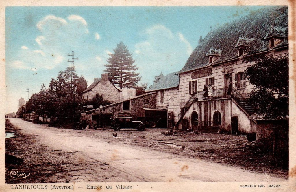 lanuejouls-entree-du-village